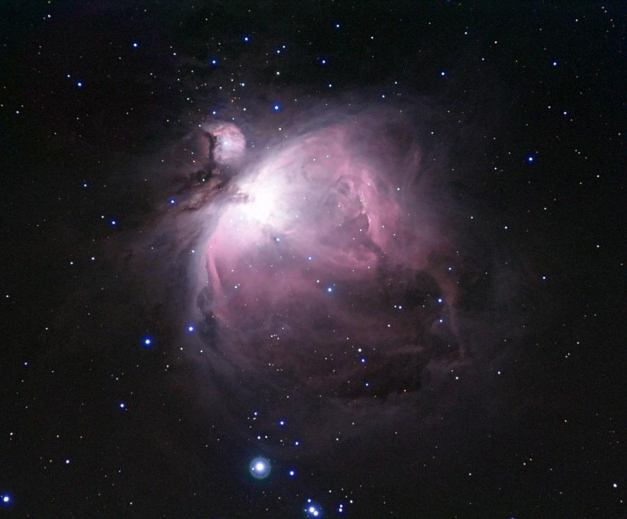 オリオン大星雲 (Ole Nielsen, CC BY-SA 2.5)